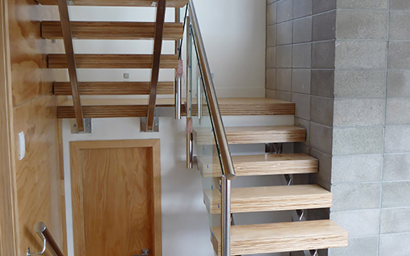 Suspendo stair design