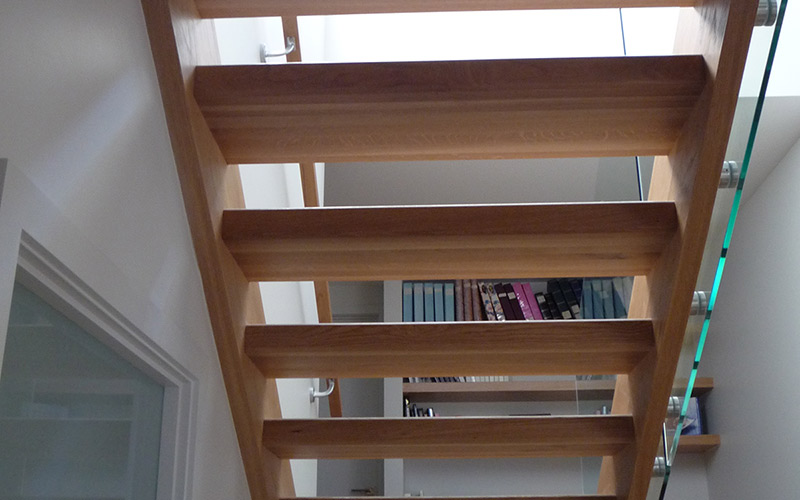 Lateralis stair design