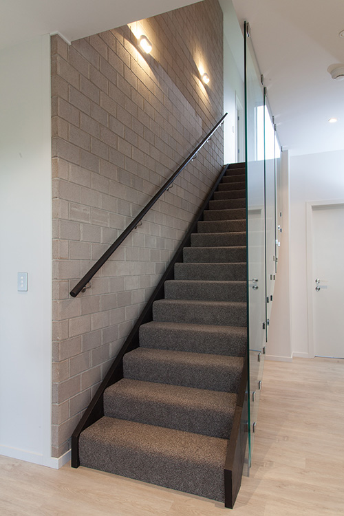 stairs with cut-out stringers
